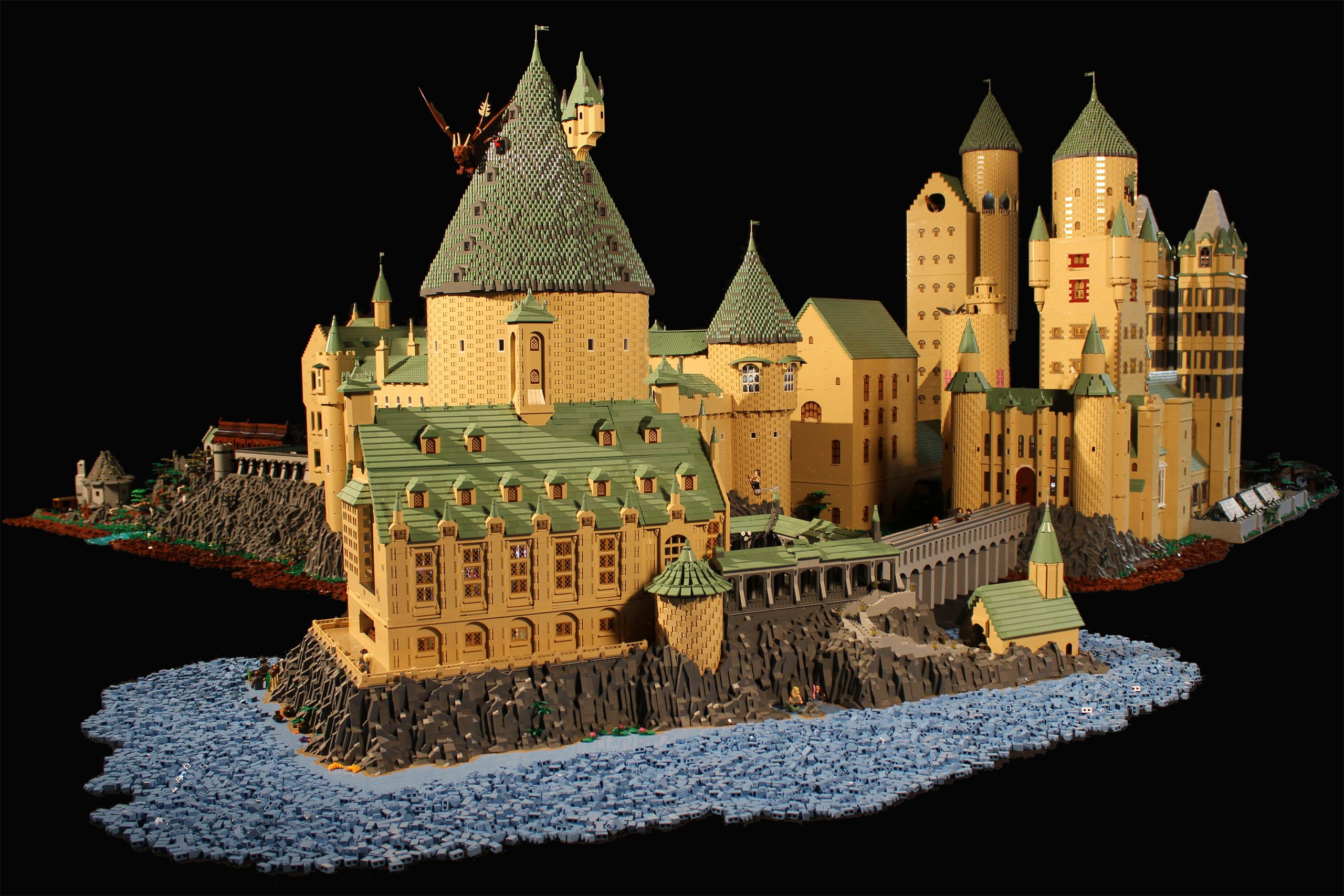 alice finch 39 s massive and detailed lego harry potter. Black Bedroom Furniture Sets. Home Design Ideas