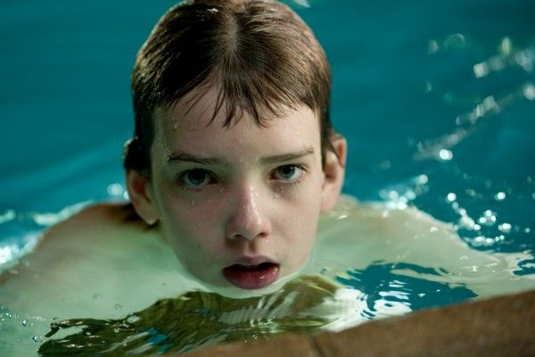let_me_in_movie_image_kodi_smit-mcphee_01