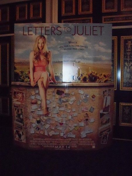 Letters to Juliet movie theater standee starring Amanda Seyfried 1