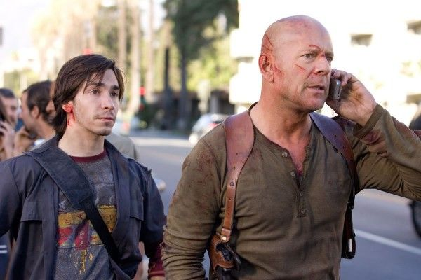 live-free-or-die-hard-justin-long-bruce-willis