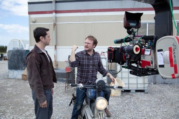looper-movie-joseph-gordon-levitt-rian-johnson