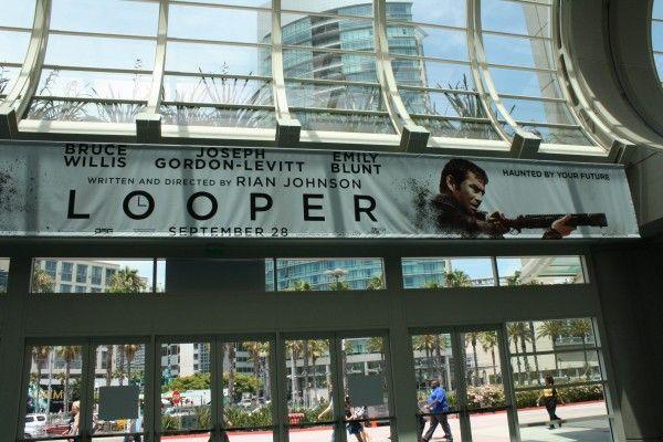 looper-poster-banner