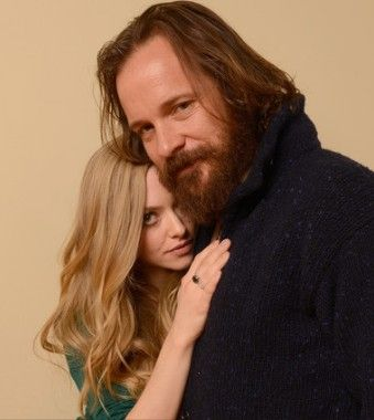 lovelace-amanda-seyfried-peter-sarsgaard