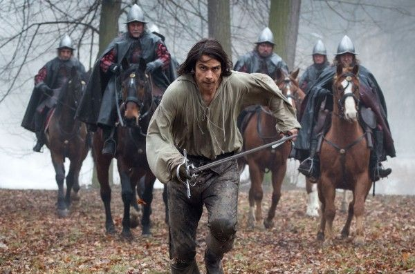 luke-pasqualino-the-musketeers