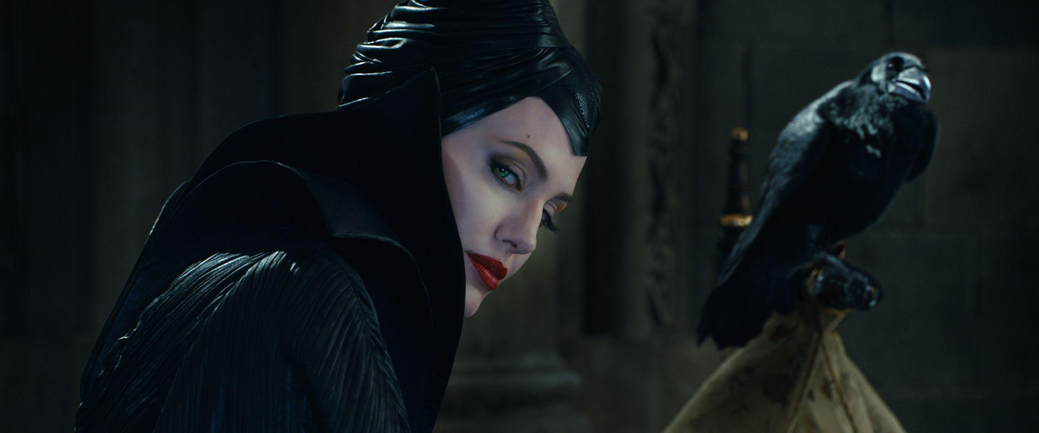 Angelina Jolie Talks MALEFICENT, UNBROKEN, Work and Family ...