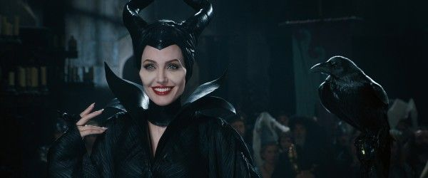 maleficent-angelina-jolie-4