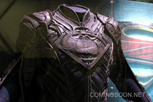 man-of-steel-jor-el-costume-image-licensing-expo-1