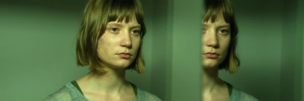maps-to-the-stars-mia-wasikowska-slice