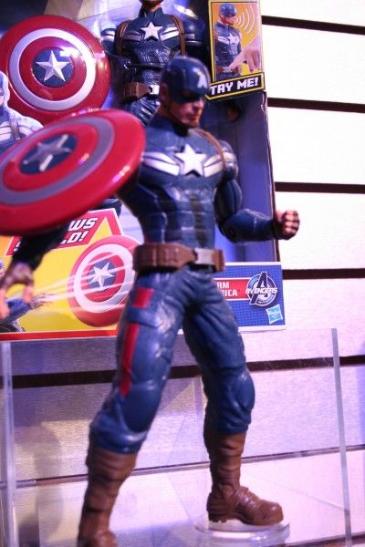 marvel-action-figures-toys-toy-fair (13)