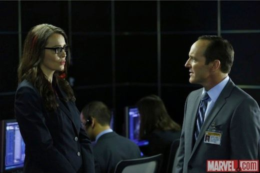 marvels-agents-of-shield-saffron-burrows-clark-gregg