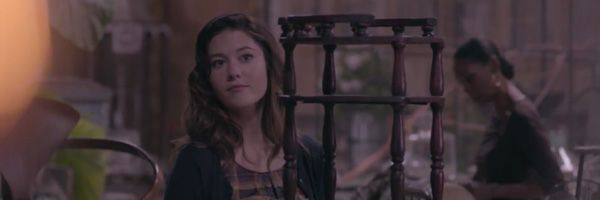 mary-elizabeth-winstead-the-beauty-inside-slice