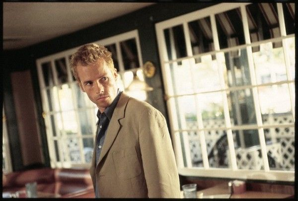memento-movie-image-guy-pearce-01