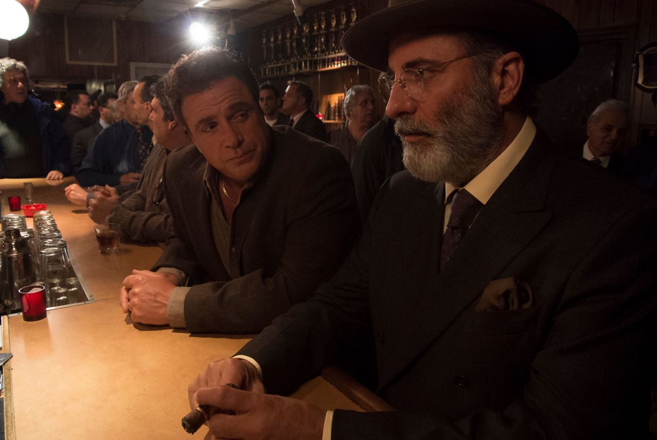 A Mo Bb Rob The Mob Interview Andy Garcia Ray Romano And More Collider