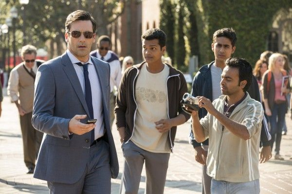 million-dollar-arm-jon-hamm-madhur-mittal-suarj-sharma-pitobash