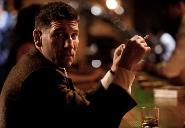 mob-city-jon-bernthal-2