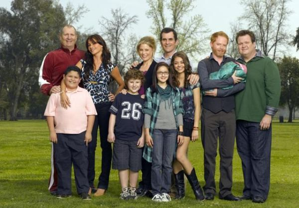 modern_family_cast_abc_tv_show