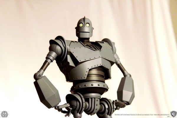 mondo-toys-iron-giant-2