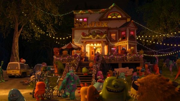 monsters-university-pizza-planet-truck-easter-egg