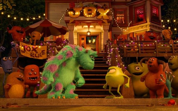 monsters-university-sulley-vs-mike-wazowski