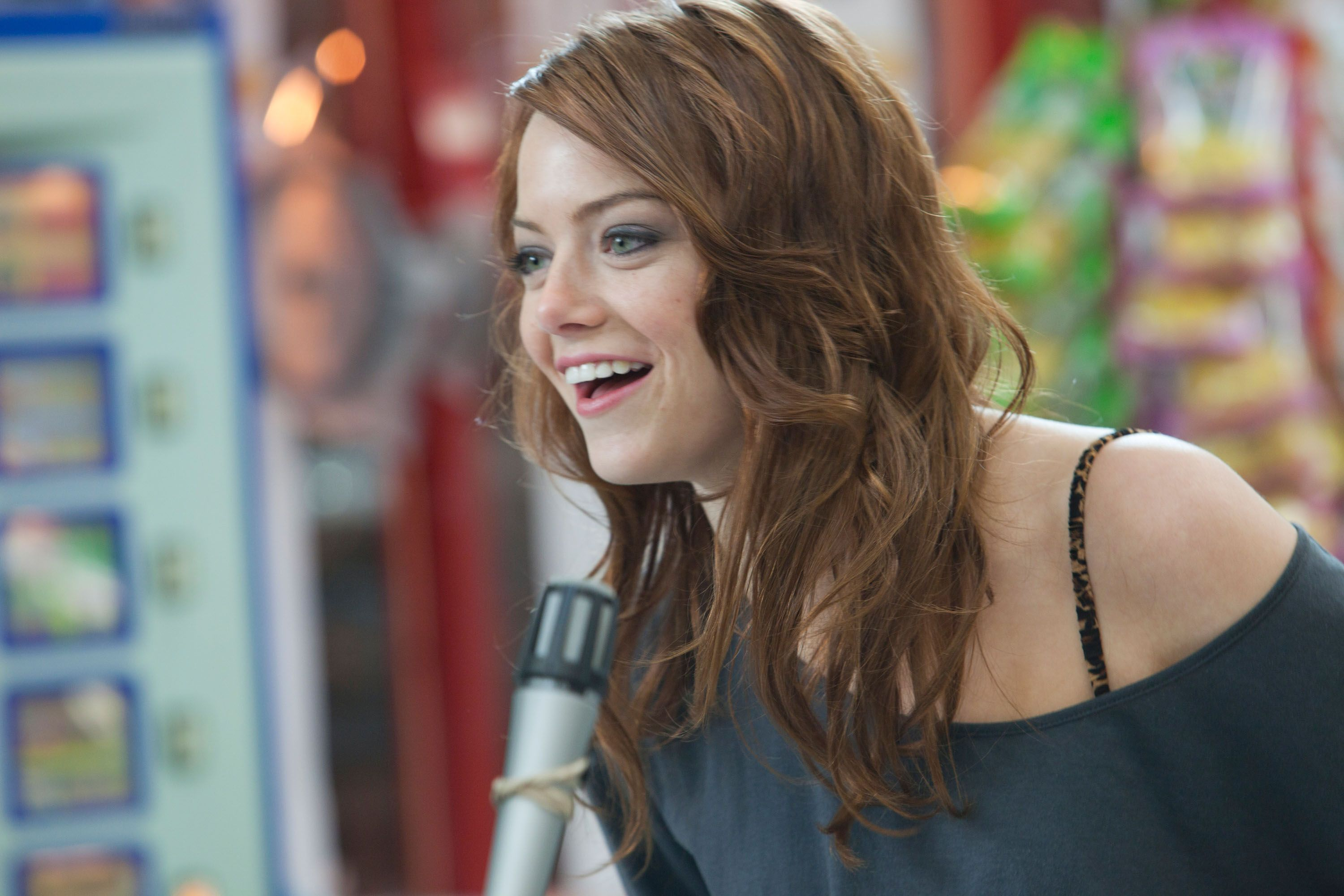 MOVIE 43 Images Featuring Emma Stone, Hugh Jackman ... Emma Stone Movies