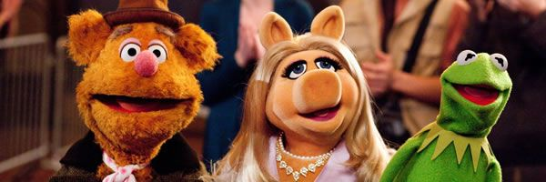 muppets-movie-image-fozzie-miss-piggy-kermit-slice