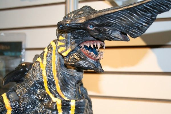 neca-toy-fair-2014-image (41)