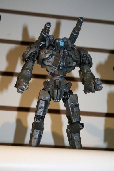 neca-toy-fair-2014-image (45)