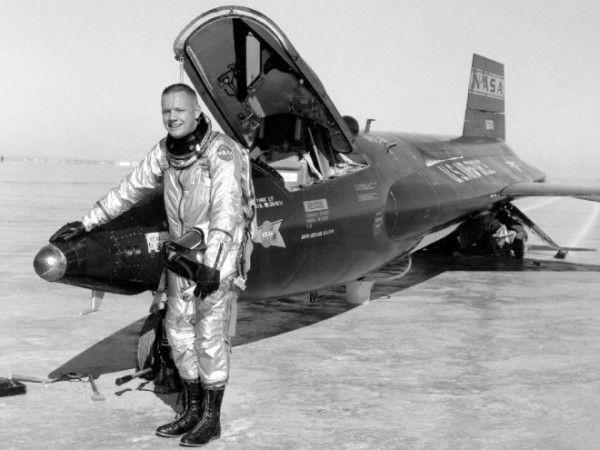 neil-armstrong-pilot