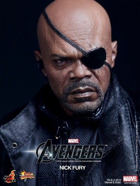 nick-fury-avengers-toy-3