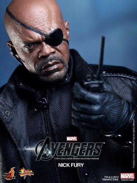 nick-fury-avengers-toy-7