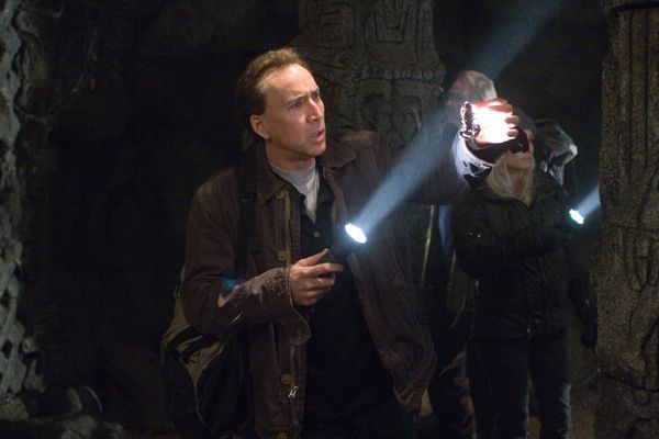 nicolas_cage_as_benjamin_gates_in_national_treasure_book_of_secrets