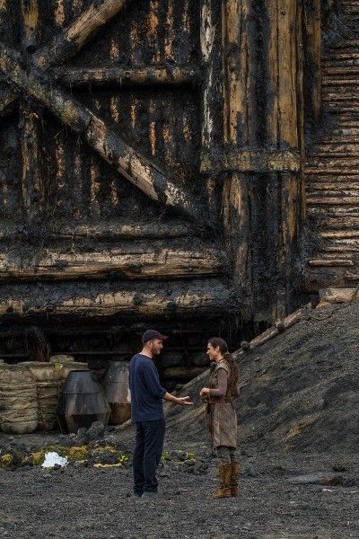 noah-darren-aronofsky-jennifer-connelly-set-photo