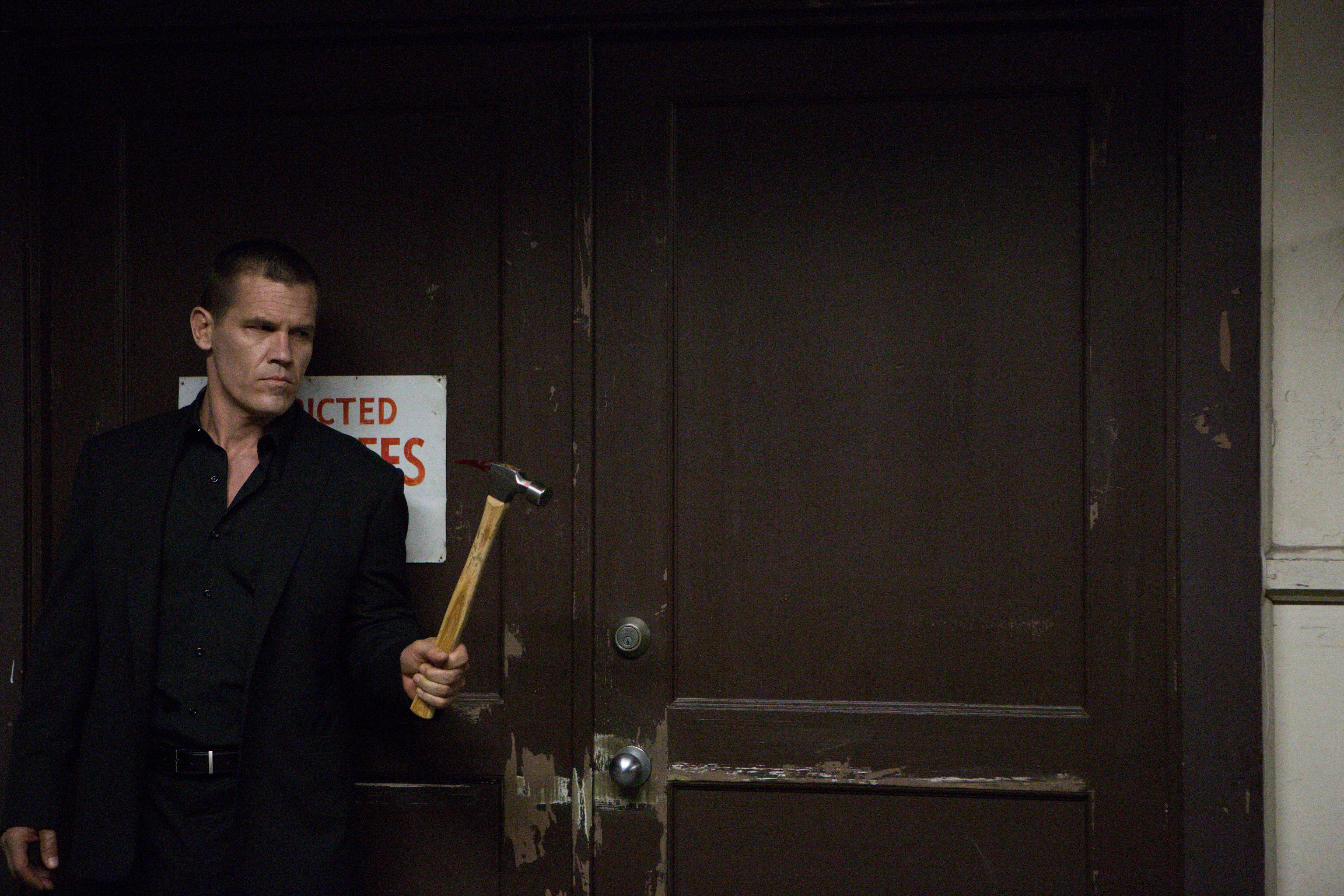 New Images from Spike Lee's OLDBOY Featuring Josh Brolin ...