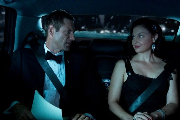 olympus-has-fallen-aaron-eckhart-ashley-judd