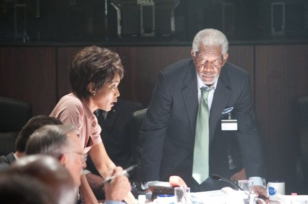 olympus-has-fallen-angela-bassett-morgan-freeman