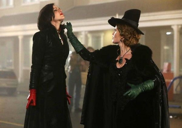 once-upon-a-time-lana-parrilla-rebecca-mader