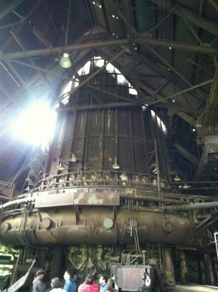 out-of-the-furnace-carrie-furnace-blast-furnace