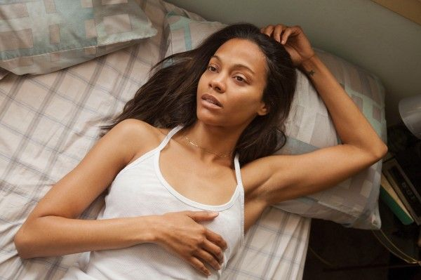 out-of-the-furnace-zoe-saldana