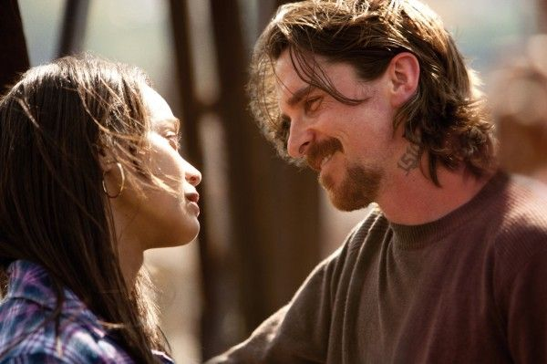 out-of-the-furnace-zoe-saldana-christian-bale