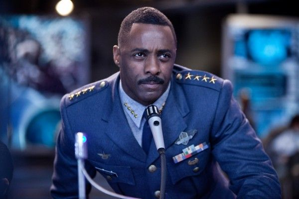 pacific-rim-idris-elba-5