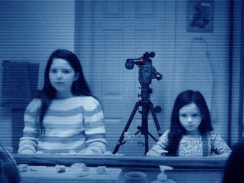 paranormal-activity-3-movie-image-2