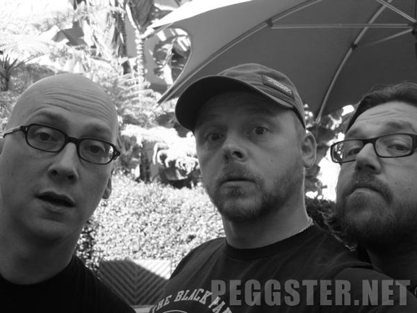 paul_set_photo_greg_mottola_simon_pegg_nick_frost_01