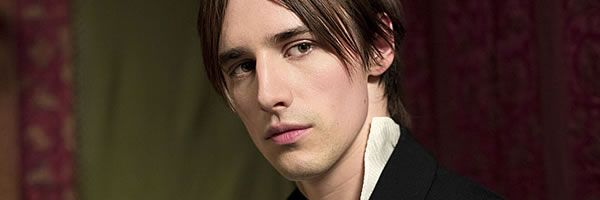penny-dreadful-reeve-carney