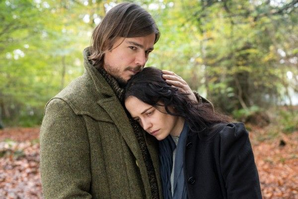penny-dreadful-season-2-josh-hartnett-eva-green