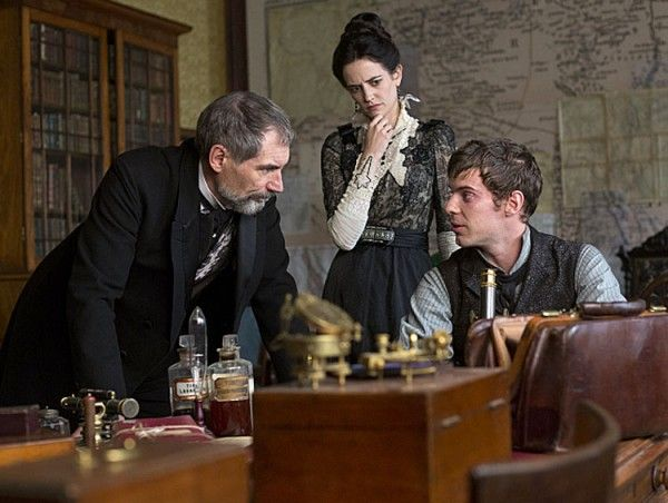 penny-dreadful-timothy-dalton-harry-treadaway-eva-green
