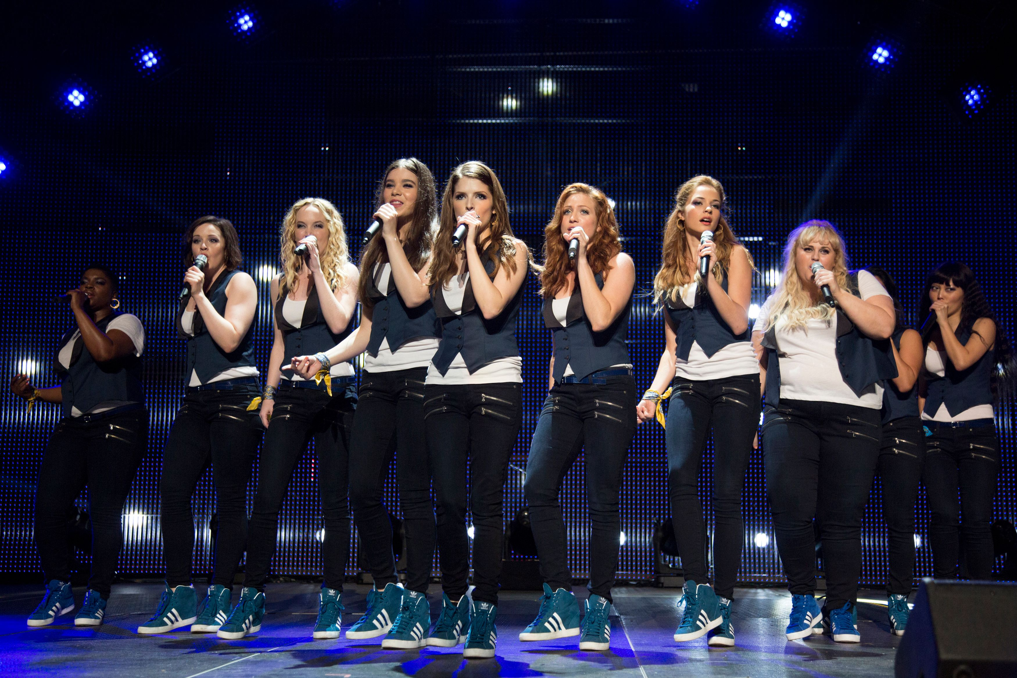 New PITCH PERFECT 2 Images Featuring Anna Kendrick, Elizabeth.