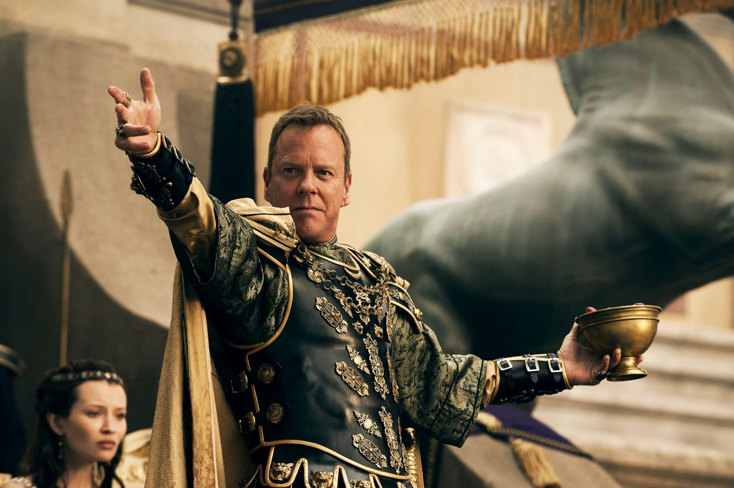 Kiefer Sutherland Talks Pompeii - 948.9KB