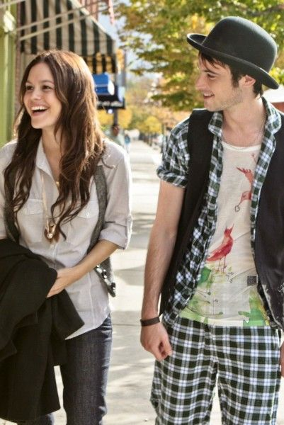 rachel-bilson-tom-sturridge-waiting-for-forever-movie-image
