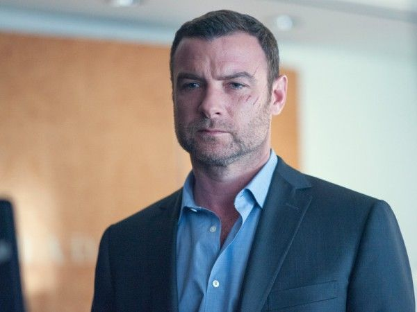 ray-donovan-pawn-sacrifice