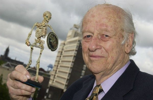 ray-harryhausen-argonauts-skeleton-model